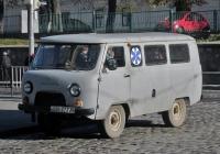 Автомобиль медицинской службы на базе УАЗ-2206 #070-57 ТА. Львов, улица Подвальная
