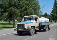 Автоцистерна для перевозки молока на шасси ГАЗ-3307*. Полтава, улица Шведская Могила