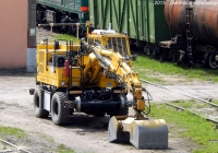 Погрузчик-экскаватор на комбинированном ходу KGT-4RS № 061. Орёл, ТЧЭ-27 Орёл-Сортировачный