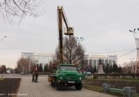 Подъёмник P-183 на шасси ЗИЛ-431412. Усть-Каменогорск, площадь Республики