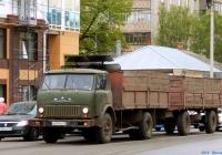Бортовой грузовик МАЗ-5335 #Е 047 МС 31 с прицепом. Орёл, улица Розы Люксембург