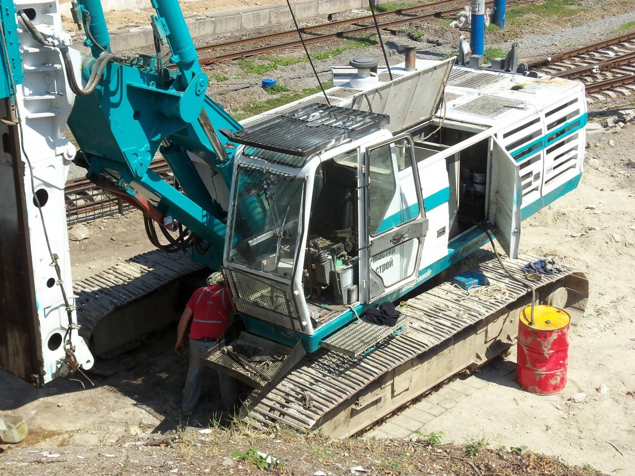 Буровая машина Casagrande B 250. Севастополь