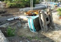 Буровая машина Casagrande B 250 после падения. Севастополь