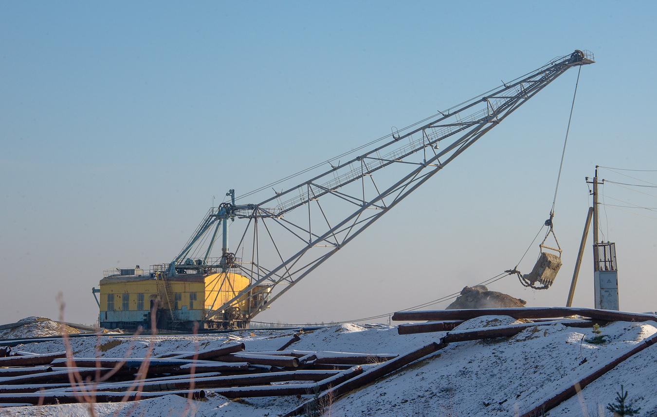 Шагающий эксаватор ЭШ-10/60. Житомирская область, Иршанское месторождение титановых руд