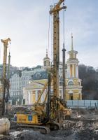 Буровая машина Bauer BG 36 . Киев, Почтовая площадь