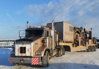 Седельный тягач Kenworth T800B #О 458 РТ 86 с колтюбинговой установкой #АН 8771 86. Ханты-Мансийский район, Приобское месторождение