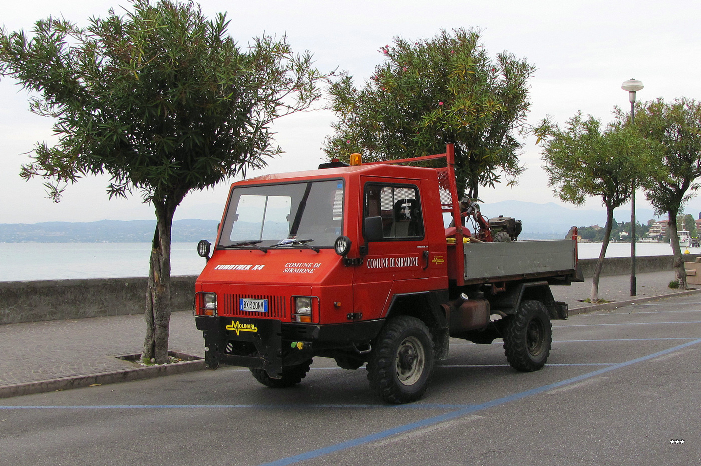Автомобиль Teknocar Eurotrek X4. Италия, Сирмионе