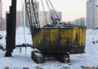 Экскаватор Э-1252Б со сваебойным оборудованием. Алтайский край, Барнаул, улица Солнечная поляна