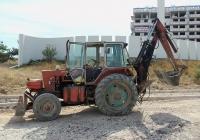 Экскаватор-бульдозер ЭО-2621В-3 на базе трактора ЮМЗ-6КЛ. Севастополь