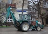Экскаватор-бульдозер ЭО-2621В-2 на базе трактора ЮМЗ-6КЛ. Севастополь
