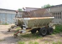 Машина для внесения удобрений МВУ-6. Россия, Тверская область, Удомля, Вышневолоцкое шоссе