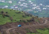 Автомобиль ГАЗ-53-12 на высокогорной дороге. Азербайджан, Талышские горы