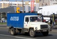 Хлебный фургон на шасси ГАЗ-3307 #В 234 НА 78. Санкт-Петербург, улица Савушкина