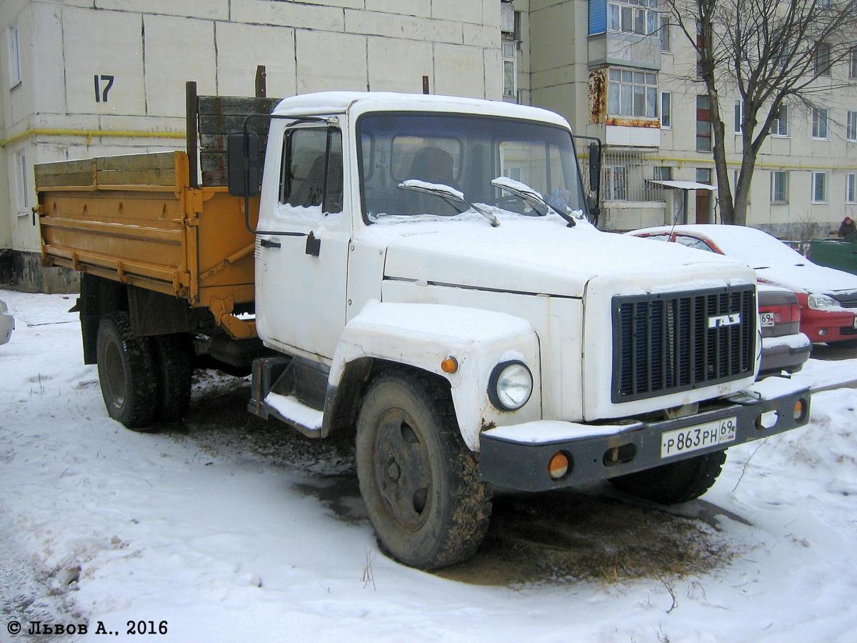 Самосвал ГАЗ-САЗ-3507-01 на шасси ГАЗ-33072 #Р 863 РН 69. Россия, Тверская область, Лихославль, Свободный переулок