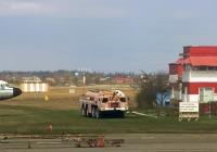 Аэродромный пожарный автомобиль АА-60(7310)-160.01 на шасси МАЗ-7310 #А 096 ТУ 82 . Крым, аэропорт Симферополь, учебно-тренировочный полигон