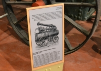 Паровая машина Messers Ruston's Portable Engine, 1875 г.в., музейная табличка . Израиль, кибуц Эйн Шемер, тракторный музей