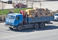 Грузовик КамАЗ-53215 с КМУ #B 483 CD Комитета по ЧС РК. Алматы, улица Саина