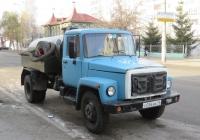 Ассенизационная машина на шасси ГАЗ-3307 #С 036 ВК 45. Курган, улица Куйбышева