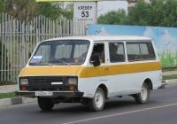 """Микроавтобус РАФ-22038-02 """"Латвия"""" #У 432 ВХ 123. Анапа, Северная улица"""
