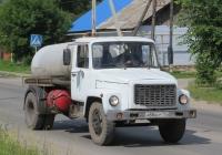 Ассенизационная машина КО-503В-2 на шасси ГАЗ-3307 #А 884 СР 174. Курганская область, Шадринск, улица Ефремова