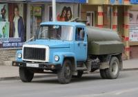 Ассенизационная машина на шасси ГАЗ-3307 #С 036 ВК 45. Курган, улица Ленина