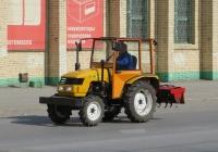 Трактор Dongfeng DF-244. Курган, улица Куйбышева
