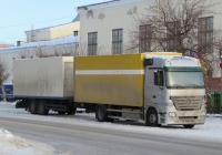 Автопоезд-фургон из тягача Mercedes-Benz Actros* #Х 049 АА 64 и двухосного прицепа. Курганская область, Шадринск, улица Гагарина