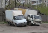 """Фургоны ГАЗ-3302 """"Газель"""" #К 193 ВН 45 и BAW Fenix #С 939 КС 45. Курган, улица Бурова-Петрова"""