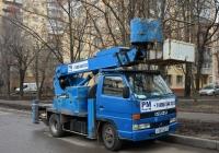 Автоподъёмник Aichi SN-130 на шасси Isuzu Elf  #Х 585 ХА 77. Москва, улица Новопетровская