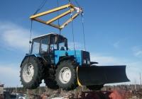 Трактор Беларус-1221.2 с отвалом. Свердловская область, Луговской