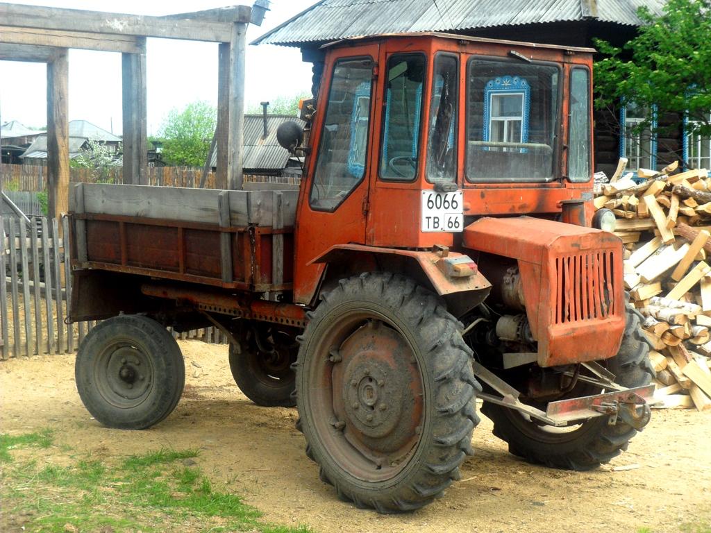 Трактор Т-16МГ #6066 ТВ 66. Свердловская область, Серовский район, с.Андриановичи