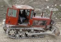 Бульдозер ДЗ-42Г на базе трактора ДТ-75*. Севастополь