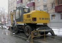 Экскаватор ТВЭКС ЕК-12 #6727 ТР 72. Тюмень, Киевская улица