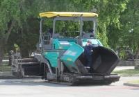 Асфальтоукладчик Vögele Super 1600-2. Курган, Троицкая площадь