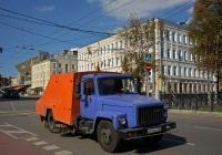 Подметально-уборочная машина ПУМ-1 на шасси ГАЗ-3307 #А 472 МТ 197. Москва, Страстной бульвар