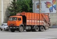 Мусоровоз МКЗ-4704-02 на шасси КамАЗ-65115 #Т 780 ОХ 96. Курган, улица Куйбышева