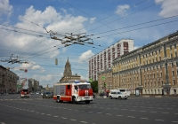 Пожарная автоциситерна АЦ-3,2-40/4(43253)-001МС на шасси КамАЗ-43253 #Х 610 НТ 777. Москва, Зубовская площадь