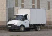 """Фургон 172411 на шасси ГАЗ-3302 """"Газель"""" #У 101 УА 96. Курган, Троицкая площадь"""
