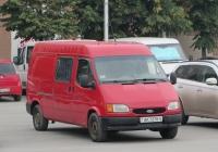 Грузопассажирский фургон Ford Transit #АК 5370-5. Курган, улица Гоголя