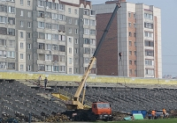 "Автокран КС-55713-1 ""Галичанин"" на шасси КамАЗ-65115 #Р 546 ЕВ 45. Курган, стадион «Центральный»"
