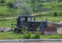 Трактор Т-74 с бульдозерным оборудованием. Молдова, окрестности Унген