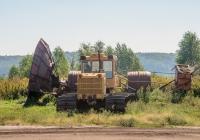 Гусеничный трактор Т-170Б в агрегате с машиной МК-1,8-01 (МТП-32А). Ровенская область, Дубенский район, с. Майдан