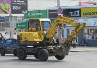 Экскаватор Hyundai 555W-7. Курган, улица Куйбышева