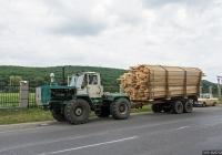 Трактор Т-150К #01518 СК с прицепом #СК 01125. Закарпатская область, Виноградов, Копанская улица