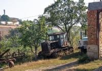 Трактор Т-74. Черновицкая область, Заставнянский район, с. Крещатик