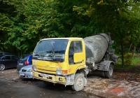 Бетоносмеситель на шасси Nissan Diesel Condor #Х 008 ОТ 190  . Москва, Трудовая аллея