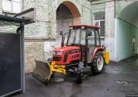 Трактор Foton 454 с навесным коммунальным оборудованием. Киев, Пушкинская улица