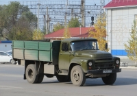 Бортовой грузовик ЗиЛ-431410 #С 943 АТ 45. Курган, Станционная улица