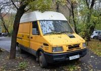 Цельнометаллический фургон IVECO Daily 35-8 #Т 322 МС 190. Москва, Угловой переулок