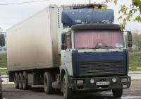 Седельный тягач МАЗ-54329 #Р 941 ОК 163. Курган, Троицкая площадь